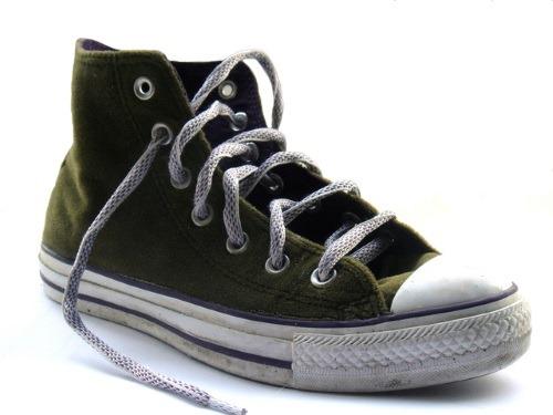 sneakers-1420706-500x375